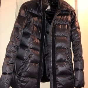 Laundry By Shelli Segal Jackets & Coats - Trendy grey metallic puffer coat